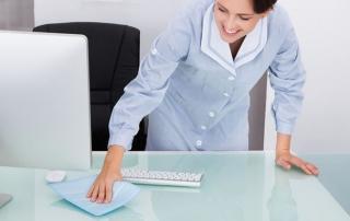 Regelbunden-veckostädning-en-lättnad-för-alla-stressade dubbelarbetande